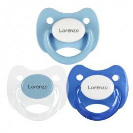 3 Chupetes Personalizados: Transparente tapa celeste, Celeste tapa blanca y Azul tapa blanca