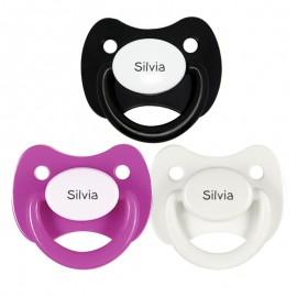 3 Chupetes Personalizados: Fucsia, Blanco y Negro